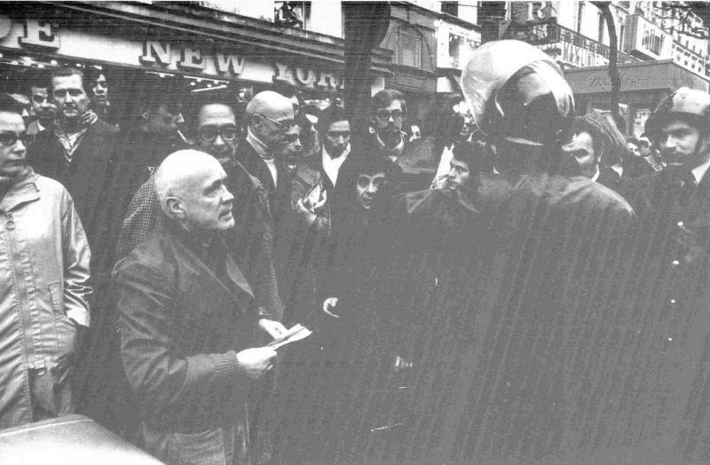 Жан Жене и Мишель Фуко на демонстрации, Париж, 1972